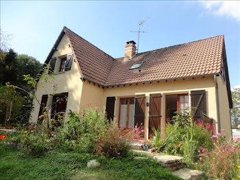 maison à Moutiers-en-Puisaye (89)