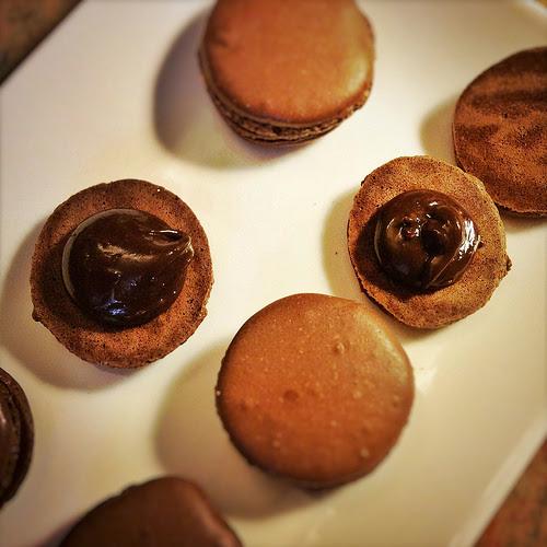 chocolate, chocolate ganache, filling, ganache, Macaron, macaroon, recipe, 巧克力伽納徹