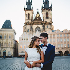Wedding photographer Zhenya Istinova (MrsNobody). Photo of 08.10.2017