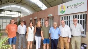 Foto de familia de las ayudas a la modernización otorgadas por la Junta a Semillero Los Crespos.