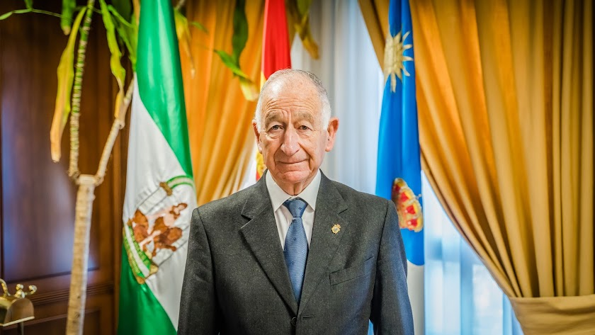 Gabriel Amat, alcalde de Roquetas.
