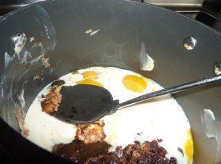 Filling Method:In a medium saucepan, over medium heat, mix the egg yolks, raisins, milk,...