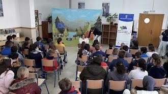 La obra de Teatro Infantil entra dentro del programa educativo para alumnos de segundo de primaria.