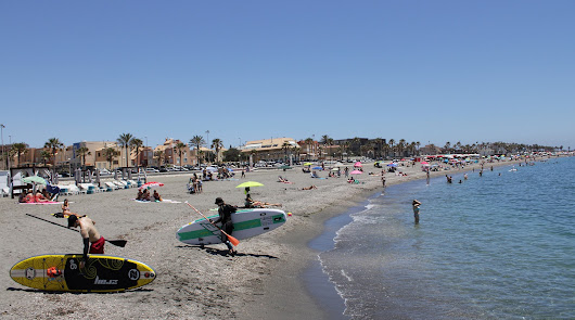 Playeo desde Almería hasta el Cabo de Gata