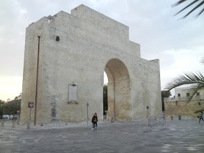 Photo: Porta Napoli, Lecce