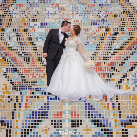 Wedding photographer Rodolfo Garza (RGarza). Photo of 03.10.2017