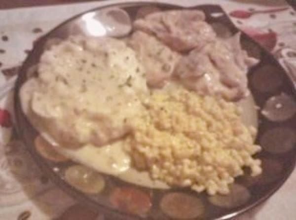 Crock Pot, Savory, Garlic, Sour Cream Chicken Recipe