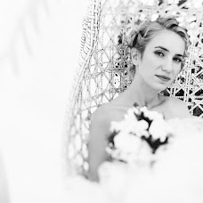 Wedding photographer Oleg Vostrikov (Thirteen). Photo of 20.11.2014