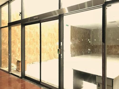 Lắp đặt cửa tự động đem lại cảm giác an toàn