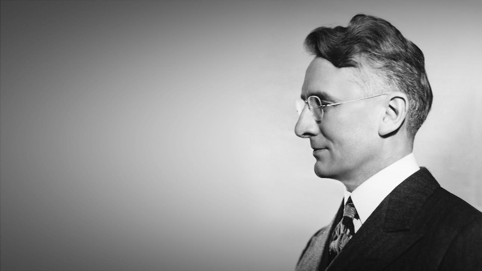 社交專家戴爾·卡內基