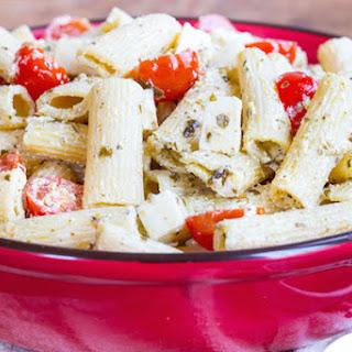 Creamy Pesto Pasta Salad