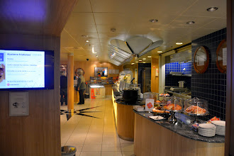 Photo: The cafeteria - open 24 hours