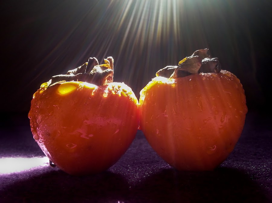 rays by Jerry ME Tanigue - Food & Drink Fruits & Vegetables ( water, orange, color, fruits, light, rays )