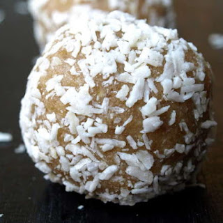 Raw Coconut Lemon Bombs Recipe