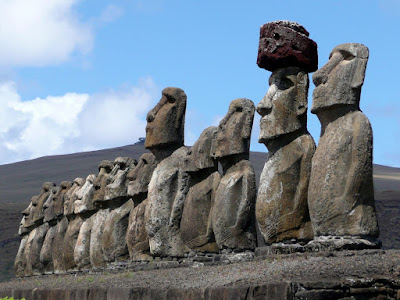 """Et si les statues de l'île de Pâques s'étaient déplacées en """"marchant"""" ? P1100105"""