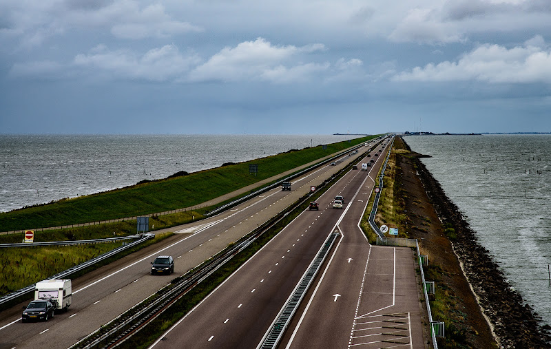 autostrada nel mare di francesco|gallorini