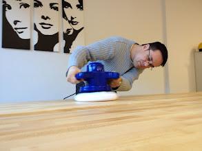 Photo: Unser Frontend-Entwickler David am polieren...