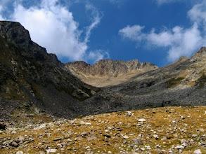 Photo: Attraversando il Vallon de Cady, parete sudovest del Canigou.