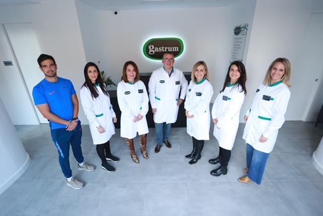 El equipo médico de Espacio Gastrum está formado por diferentes especialistas.