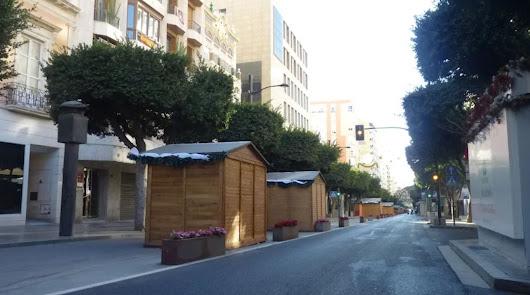 Mercadillo navideño: 77 casetas entre el Paseo y la Rambla