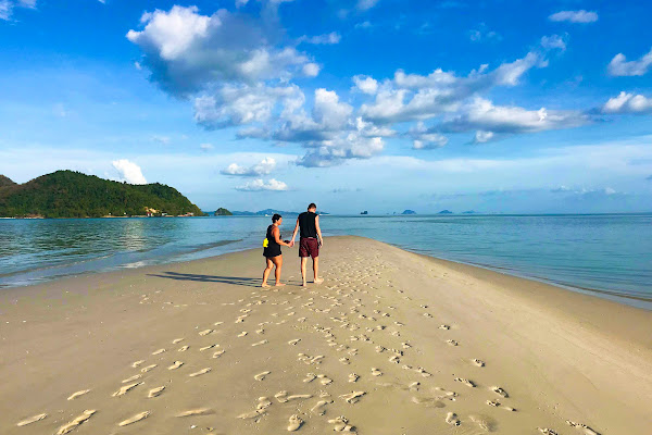 Walk on the sandbar at Laem Haad on Koh Yao Yai