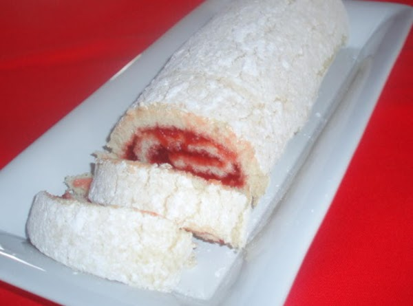 White Cake Jelly Roll Recipe: Lucky Jam Jelly Roll Recipe