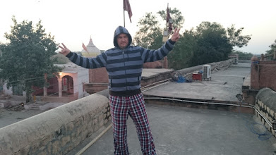 Photo: at the roof of our next fheritage hotel in the village luni, south of jodhpur