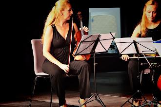 Photo: Łukasz Kuropaczewski & Royal String Quartet Suchy Las Akademia Gitary 2013 fot. DeKaDeEs