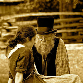 Giving Thanks by Clark Crosser - People Family ( #father #daughter #thanksgiving #praire #oldschool )