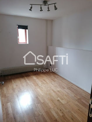 Vente appartement 6 pièces 100 m2