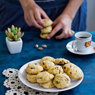 White Chocolate Pistachio Cookies Recipe
