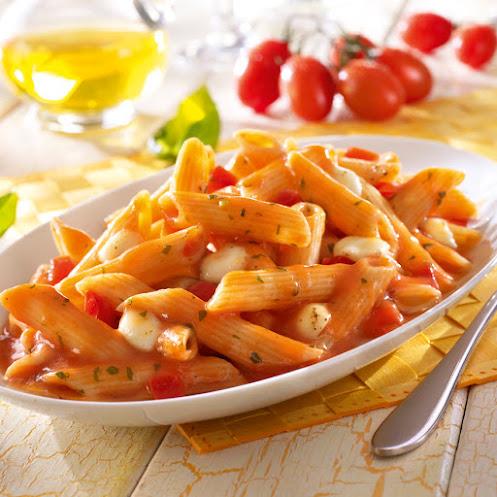 Abbildung Penne Tomate Mozzarella