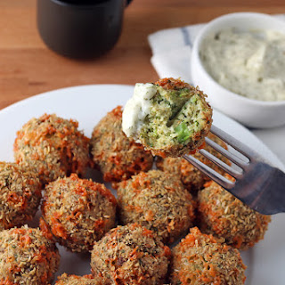 Low Carb Broccoli and Cheese Fritters