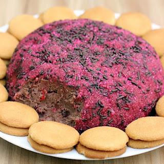Chocolate Strawberry Cake Cheese Ball