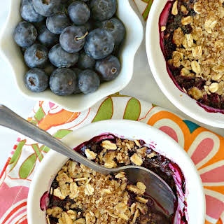 Mini Blueberry Crumbles (Gluten-Free).