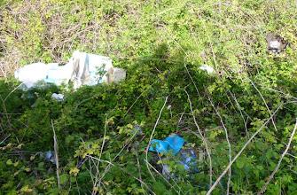 Photo: Zona degradada davant Dalt Sant Joan, a la perifèria de Maó