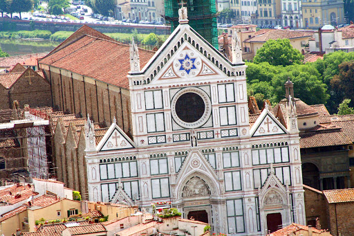 Basilica-di-Santa-Croce.jpg - The Basilica di Santa Croce, the main Franciscan church in Florence, is on the Piazza di Santa Croce, about 800 meters southeast of the Duomo.