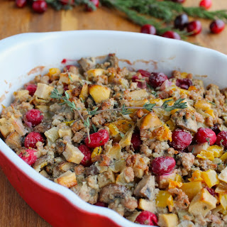 BEST EVER PALEO THANKSGIVING STUFFING.