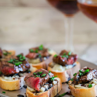 Blue Cheese Steak Crostini {Video}.