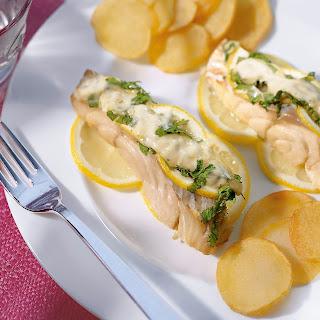 Seelachsfilet in Zitronen-Senf-Sauce