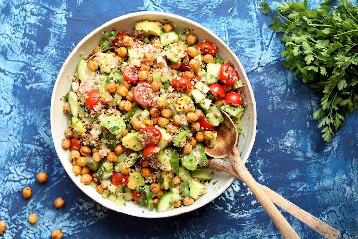 Avocado Quinoa Salad with Spiced Chickpeas Recipe
