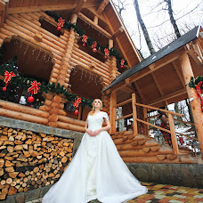 Wedding photographer Mikhail Grebenev (MikeGrebenev). Photo of 13.01.2018