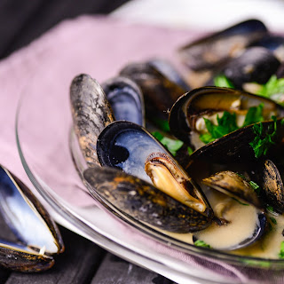 Mussels With White Wine Dijon Mustard Sauce.