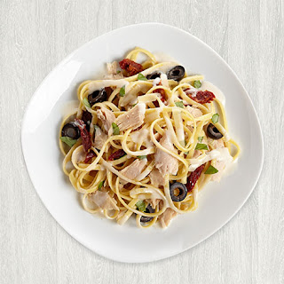 Linguine with Tuna and Alfredo Sauce