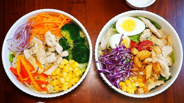 青菜啦啦-幸福健康x銅板價沙拉吧/ 台南沙拉 /台南美食推薦 /台南外帶推薦 /台南沙拉推薦
