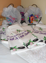 Photo: Personalized Towels for your Guests by http://www.BestPartyPlanner.net