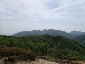 イブネ付近から御在所岳・鎌ヶ岳を望む