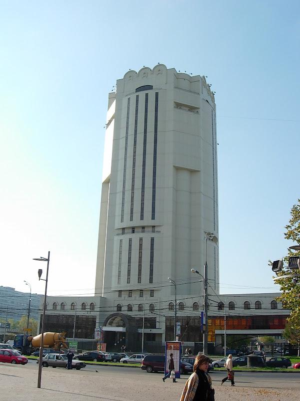 http://lh5.google.com/citytowers.s/Rvuc-0Xm1-I/AAAAAAAAAsU/mltAvP-9Dn4/s800/DSCN4509.JPG