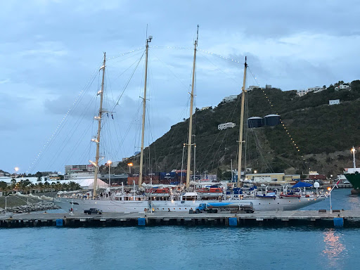 star-flyer-at-twilight.jpg - Star Clippers' ship Star Flyer at twilight in St. Maarten.