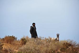 Photo: TAMRI - Nous croiserons relativement souvent des nomades. Ceux-ci constituent une part importante de la population berbère, majoritaire ici.